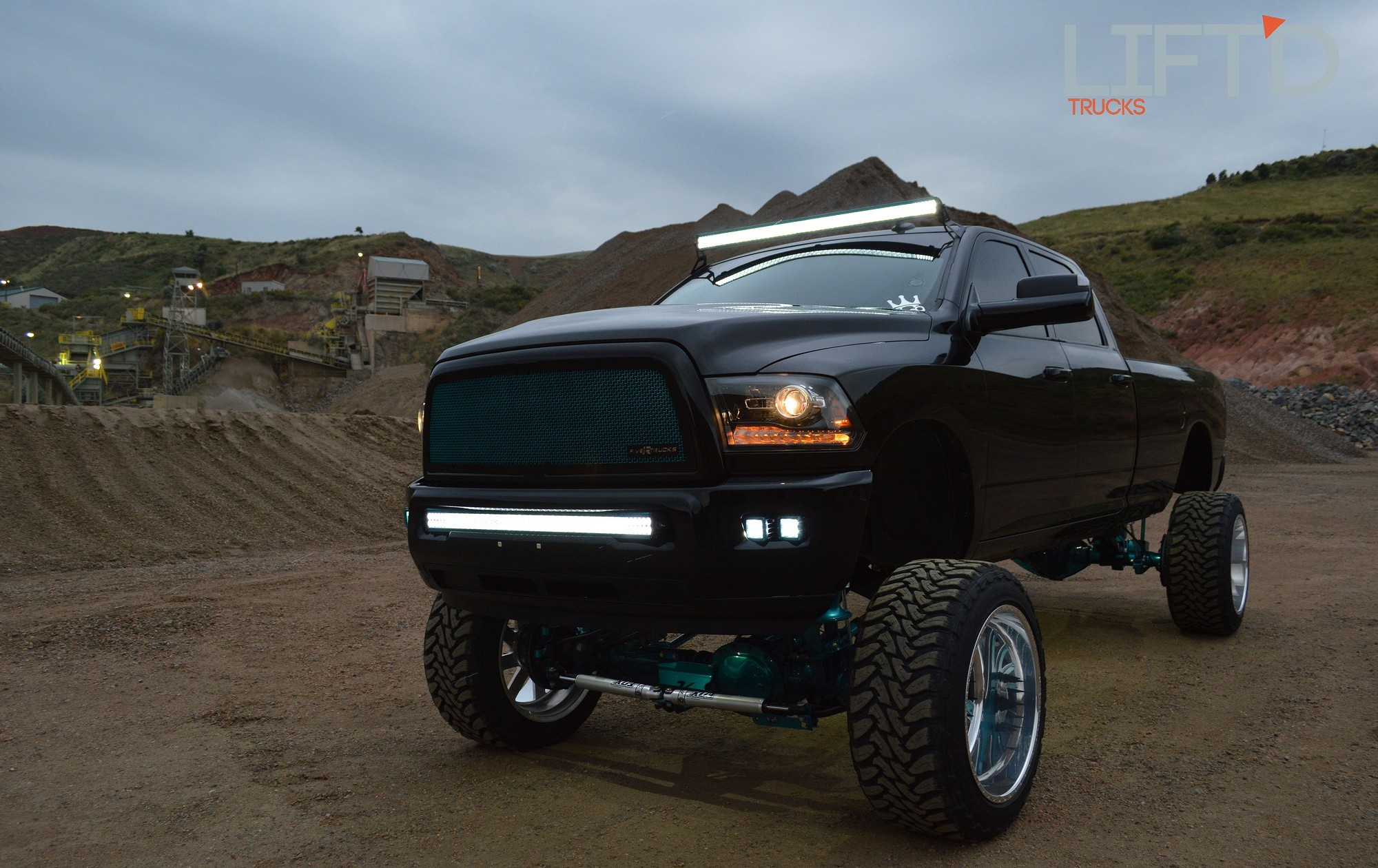 Mint Chocolate – Mike Lankford s High Altitude 2014 RAM 2500 – Lift