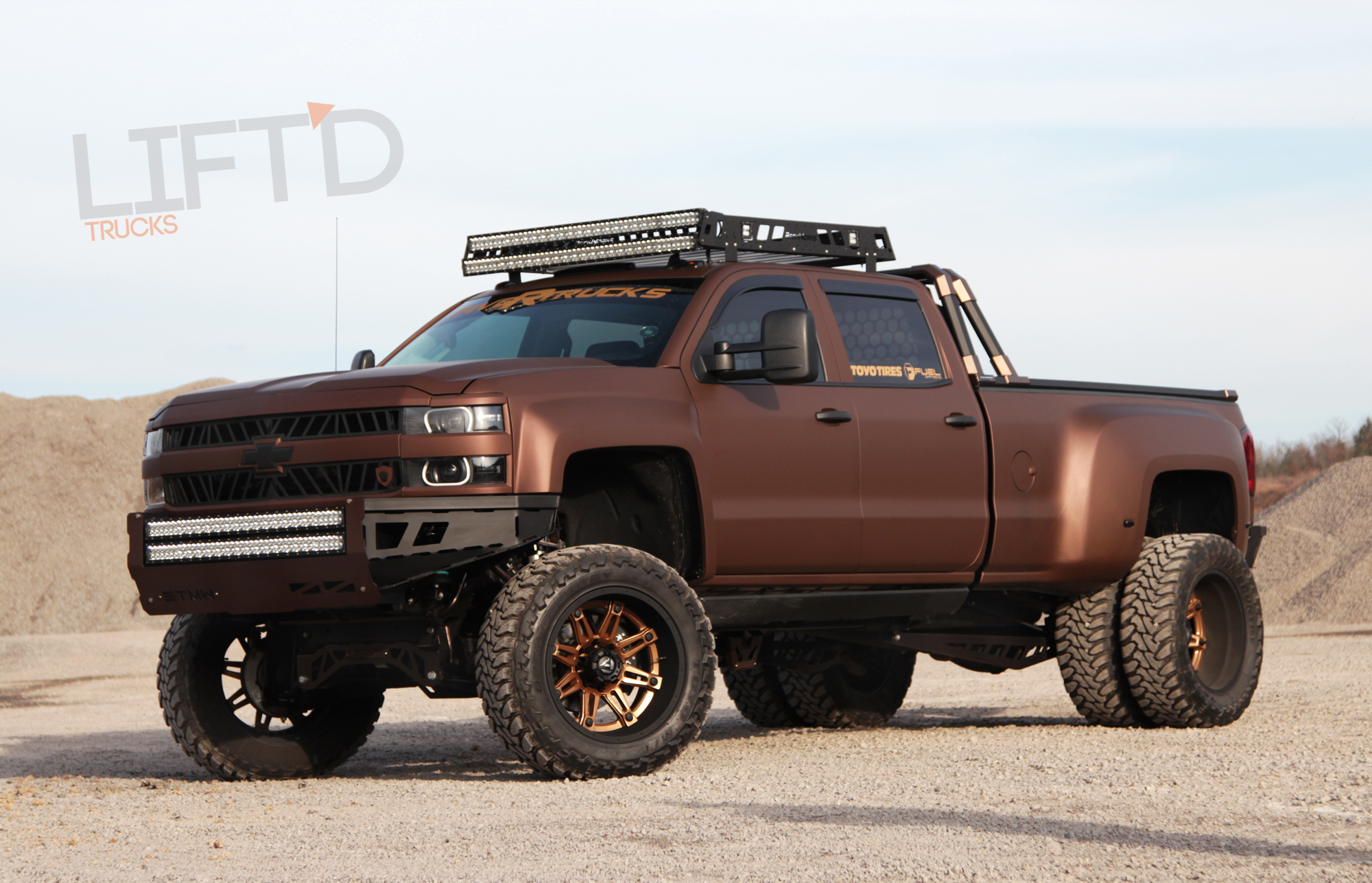 recluse keg media s 2015 chevy silverado hd3500 dually lift 39 d trucks. Black Bedroom Furniture Sets. Home Design Ideas